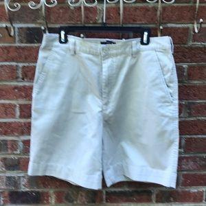 NWT / Men's 32 - Saddlebred Khaki Shorts
